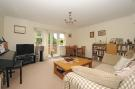2 bed Flat in Cherry Tree House...