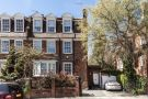 6 bedroom property in Frognal...