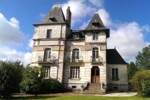 5 bedroom home for sale in LOUDEAC, Bretagne