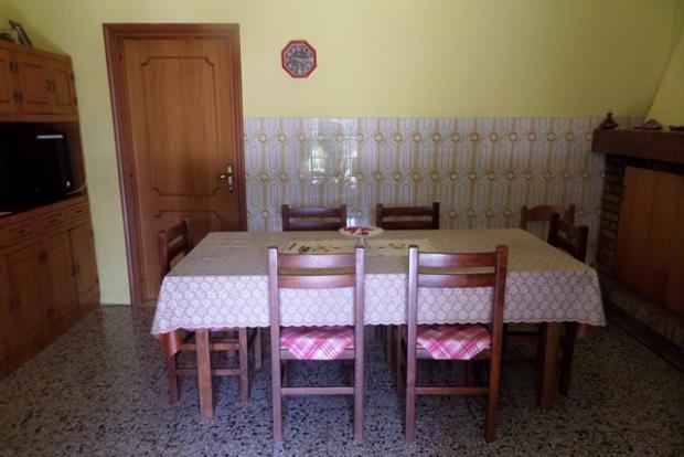 Lower dining