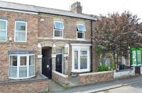 4 bed Terraced house in Vyner Street, Haxby Road...