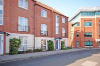Flat for sale in Covent House...