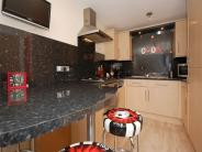 2 bedroom Flat to rent in Manor Court...