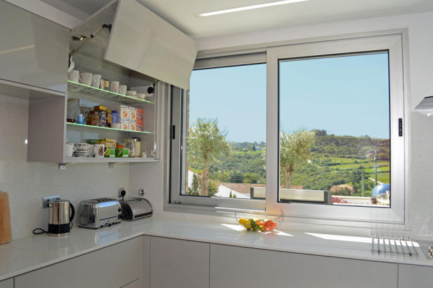 Motorised kitchen