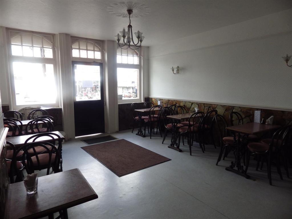 Cafe & Takeaway Entr