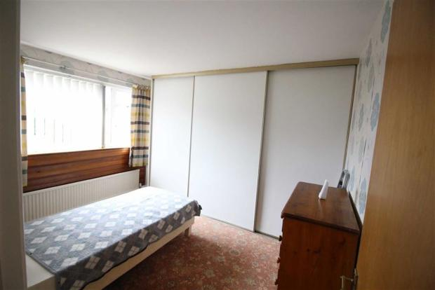 Bedroom no.1: