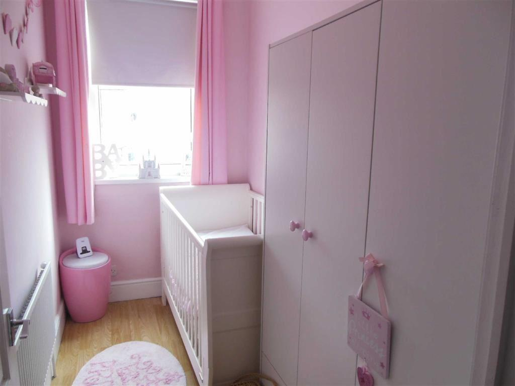 Bedroom no.2: