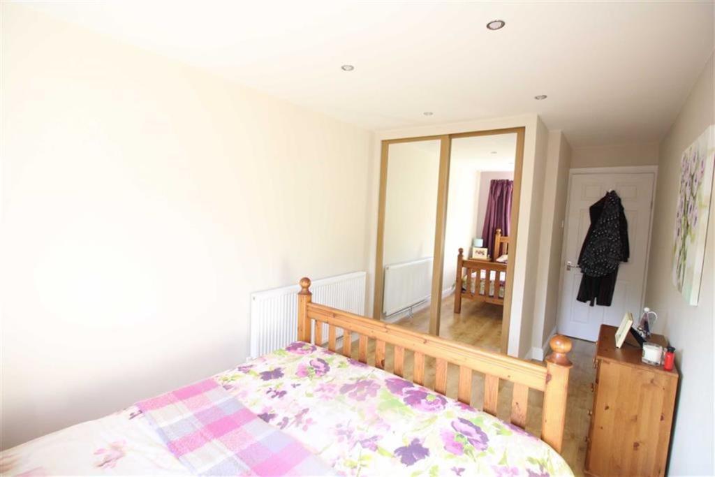 Bedroom no1 rear dou