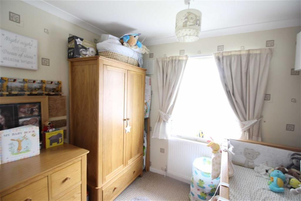 Bedroom no.3 front:
