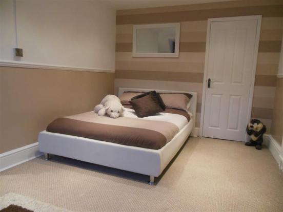 Bedroom no 3 attic: