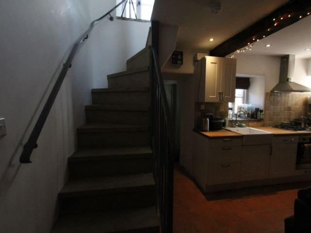 KITCHEN AREA AND STA