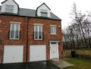 Town House to rent in Moorland Way...