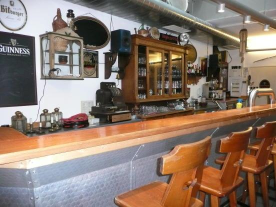 Music cellar bar