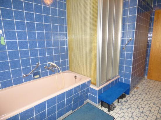 Bathroom gr. floor