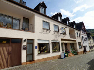 Guest House for sale in Cochem...