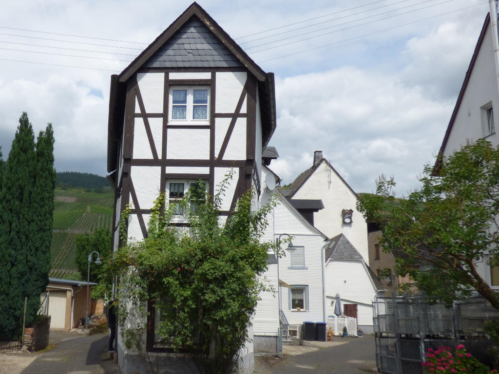 4 bed semi detached property for sale in Kröv...
