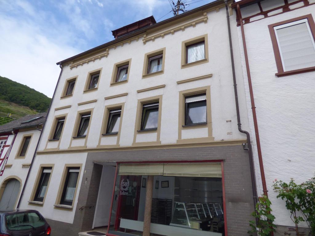 4 bed Terraced home in Ediger-Eller...