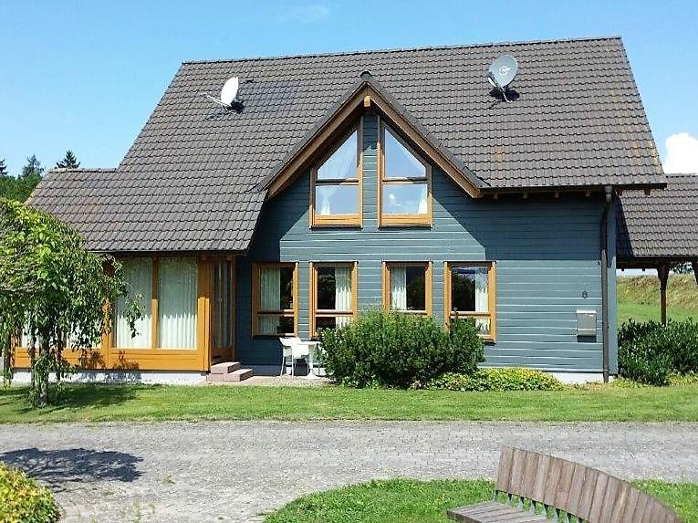 3 bed Detached property for sale in Tellig...
