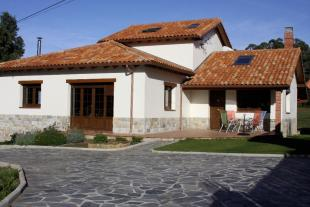 Detached house for sale in Muros, Oviedo, Asturias