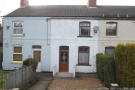 Cottage to rent in MARKFIELD