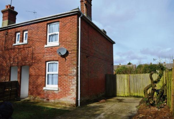 3 Bedroom End Of Terrace House For Sale In 1 Netley View