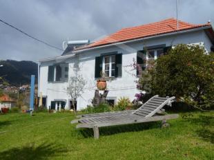 house for sale in Estreito da Calheta...