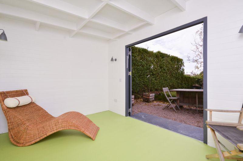 Garden Room A