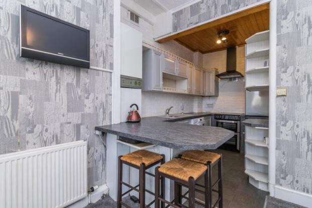 Sitting/Kitchen B