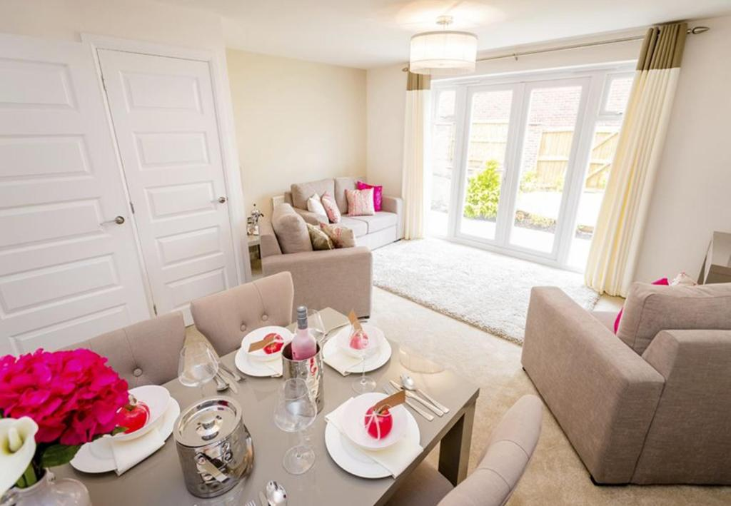 Typical Barwick living and dining room with French doors