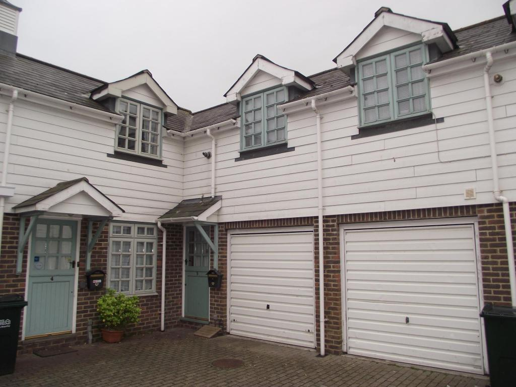 bedroom terraced house to rent in wharf road eastbourne bn21