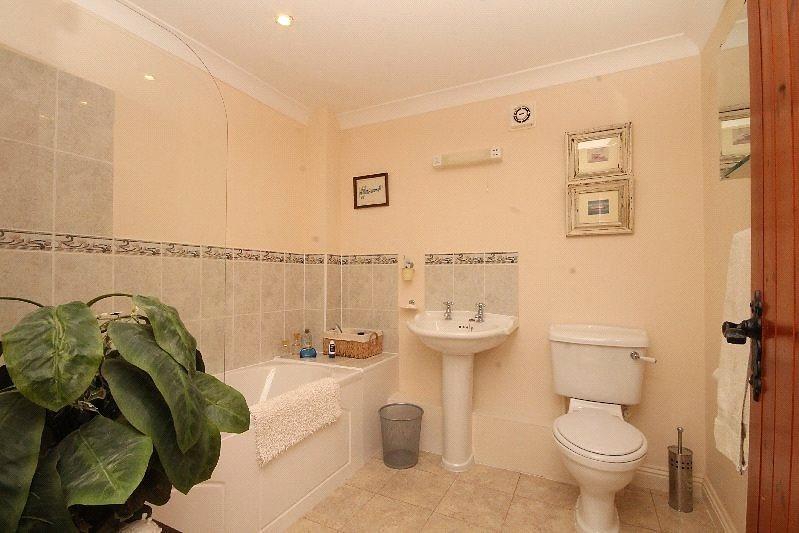 3 bedroom barn conversion for sale in coleridge barns for Barn conversion bathroom ideas