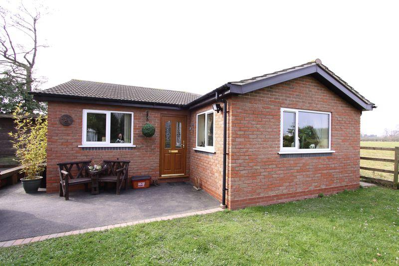 Bungalow Frontage
