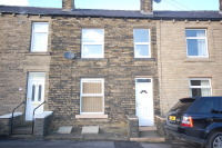 Terraced home to rent in Leynoor Road...