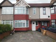 3 bed Terraced property in New North Road...