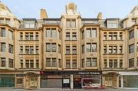 3 bedroom Flat in Newman Street, London...