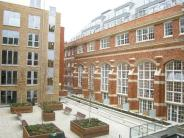 Flat to rent in Kingsway Square