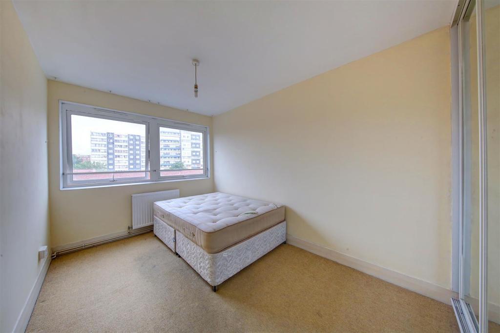 Park South bedroom e