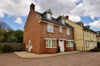 5 bed Detached property in Byre Close, Cricklade...