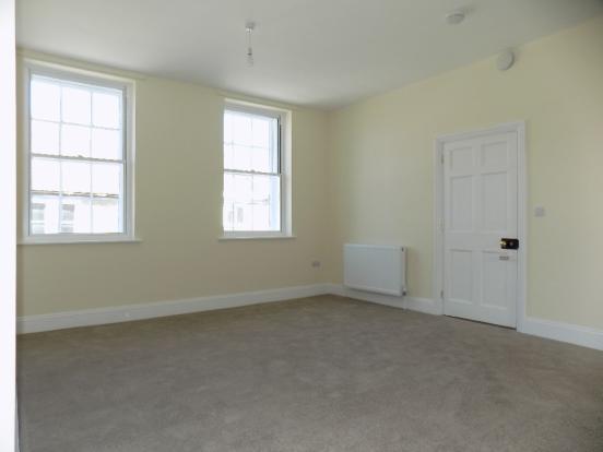 Living Room F Floor