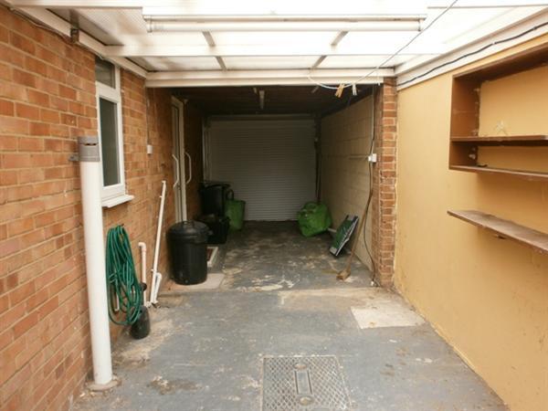Garage & Utility