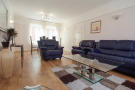 2 bedroom Flat in Waterford Court...