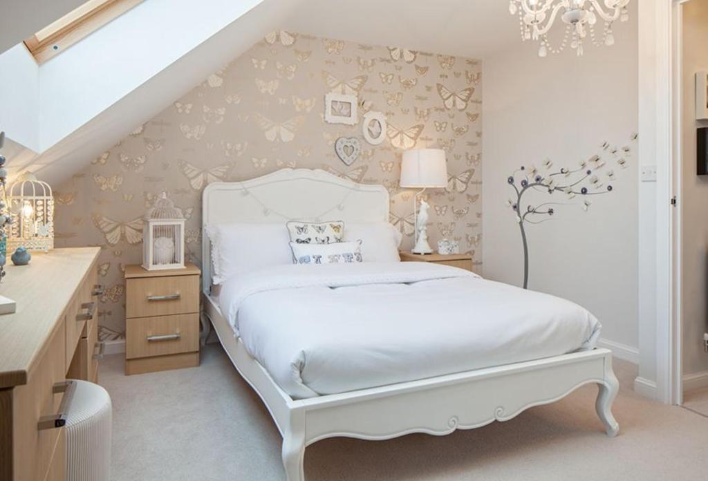 Helmsley bedroom 2
