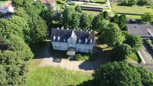 30 bed house in 21500 montbard