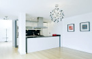 3 bed Flat to rent in York Road, London, SW11