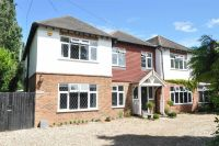 6 bed Detached house in Farm Lane, Ashtead