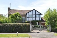 Detached property in West Farm Ave, Ashtead