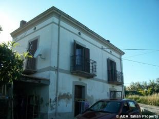 Detached property for sale in Lanciano, Chieti, Abruzzo