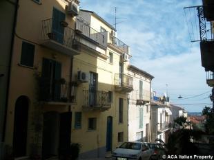 Town House for sale in Casalbordino, Chieti...