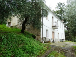 3 bed Detached property in Calabria, Catanzaro...