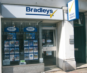 Bradleys, Torquaybranch details